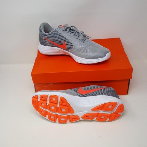 free shipping 052df f0b8c Nike Womens Revolution 3 Running Shoe